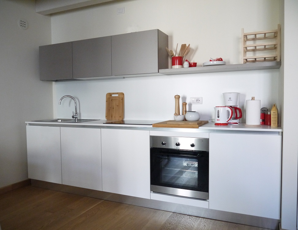 <strong>Una cucina semplice ma funzionale per ospiti in dependance<span><b>in</b>Residential  </span></strong><i>→</i>